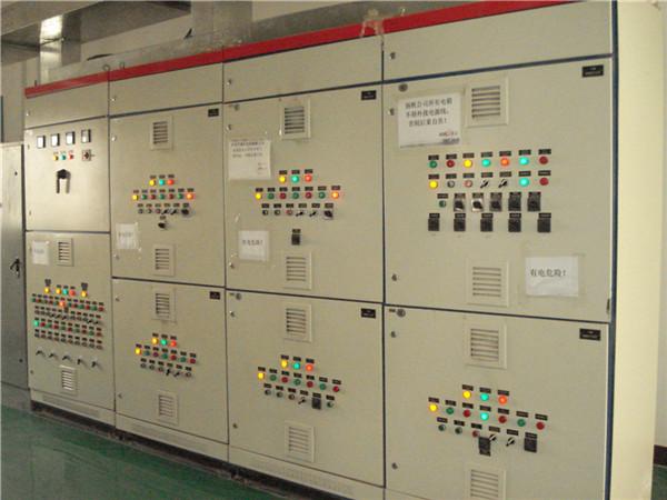 中央空调主机电力控制系统