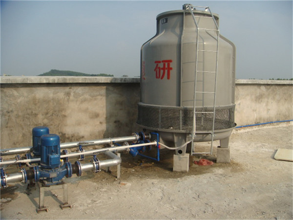 空调水管路与水塔